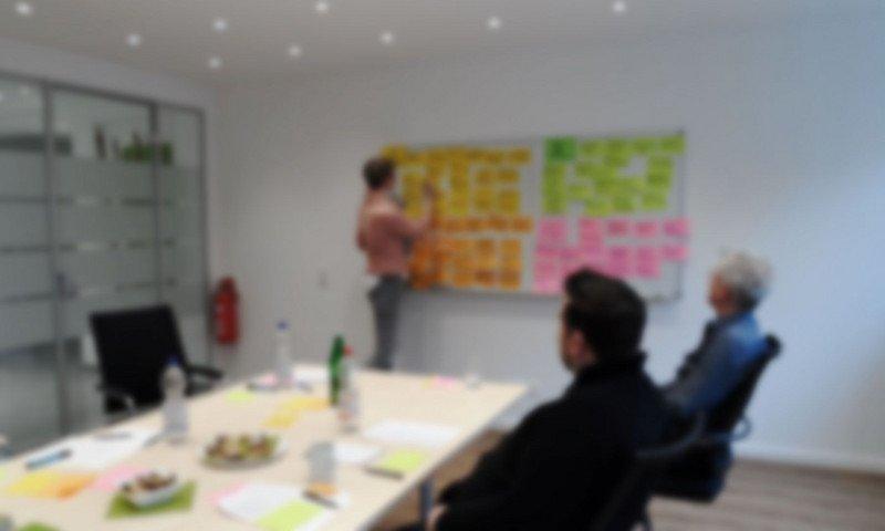 Teammeeting der Webanalyse Agentur